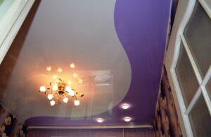Двухцветные натяжные потолки